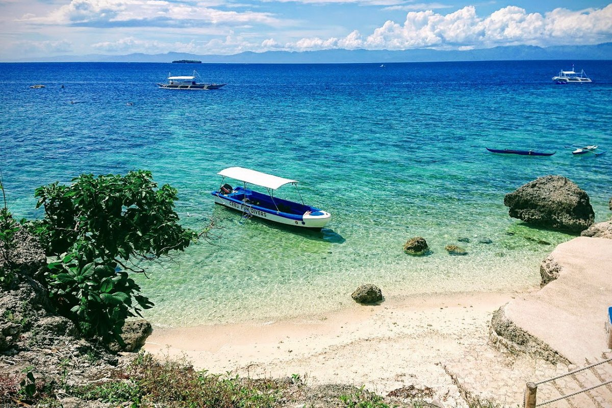 Cebu Seaview Dive Resort - Beach